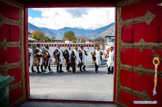 People celebrate Gongbo New Year in Nyingchi, Tibet